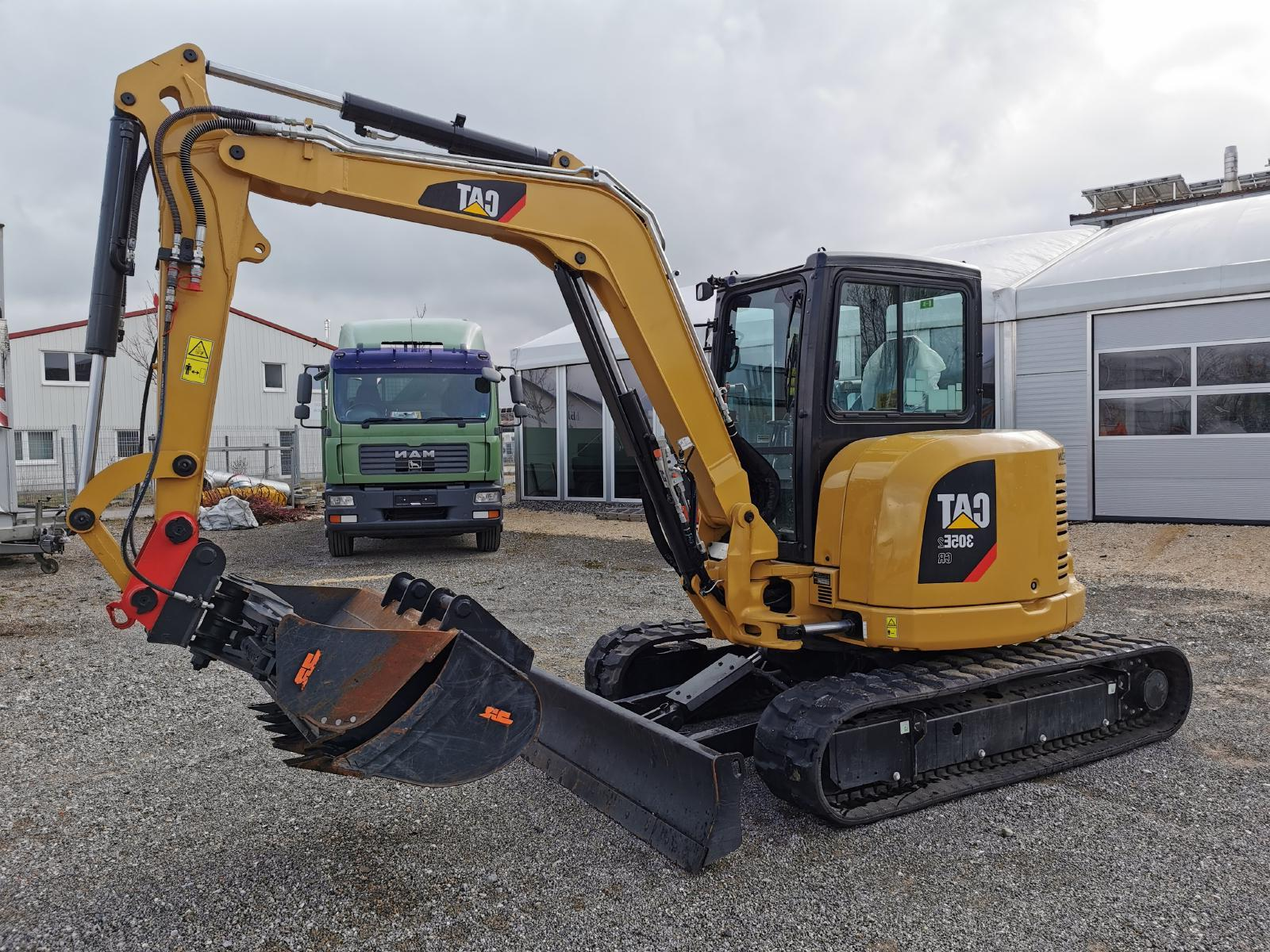 мини экскаватор CATERPILLAR 305e2 cr